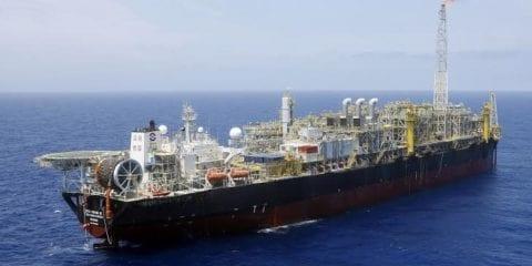O FPSO Cidade de São Paulo produziu 119,6 mil barris por dia de petróleo e 3,8 milhões de m3/dia de gás natural  no campo de Sapinhoá, no pré-sal da Bacia de Santos