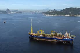 O FPSO Cidade de Ilhabela, instalado no campo de Sapinhoá, na Bacia de Santos, produziu 144,7 mil barris por dia de petróleo e 3,8 milhões de m3/dia de gás natural