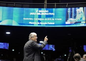 O senador Roberto Requião é forte crítico ao governo Temer e nova gestão da Petrobras