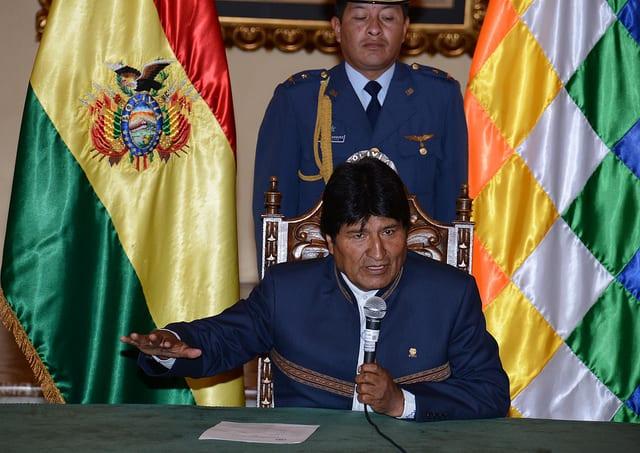 O presidente da Bolívia, Evo Morales, se reúne hoje com Michel Temer em Brasília