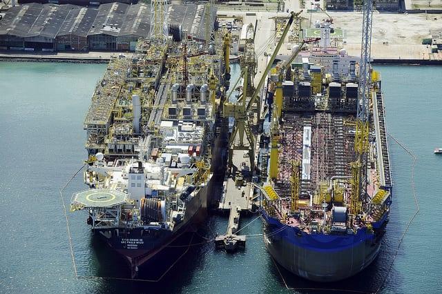 Resultado de imagem para Petrobras licitações para contratar FPSOs