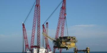 Descomissionamento de plataforma fixa no Mar do Norte