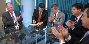 Cerimônia de assinatura da filiação do ministro de Minas e Energia, Fernando Coelho Filho, ao MDB. Foto: J.R Neto