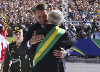 Michel Temer recebe o presidente Jair Bolsonaro no Palácio do Planalto, para cerimônia de transmissão da Faixa Presidencial. Foto: Valter Campanato/Agência Brasil
