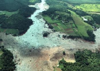 Imagem aérea mostra o estrago provocado pelo rompimento da represa da Vale em mina de minério de ferro no Córrego do Feijão, em Brumadinho (MG) / Foto: EBC