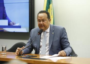 Silas Câmara, presidente da CME, aprovou convites aos ministros Bento Albuquerque e Paulo Guedes para debater incentivos a baterias / Foto: Neto Souza
