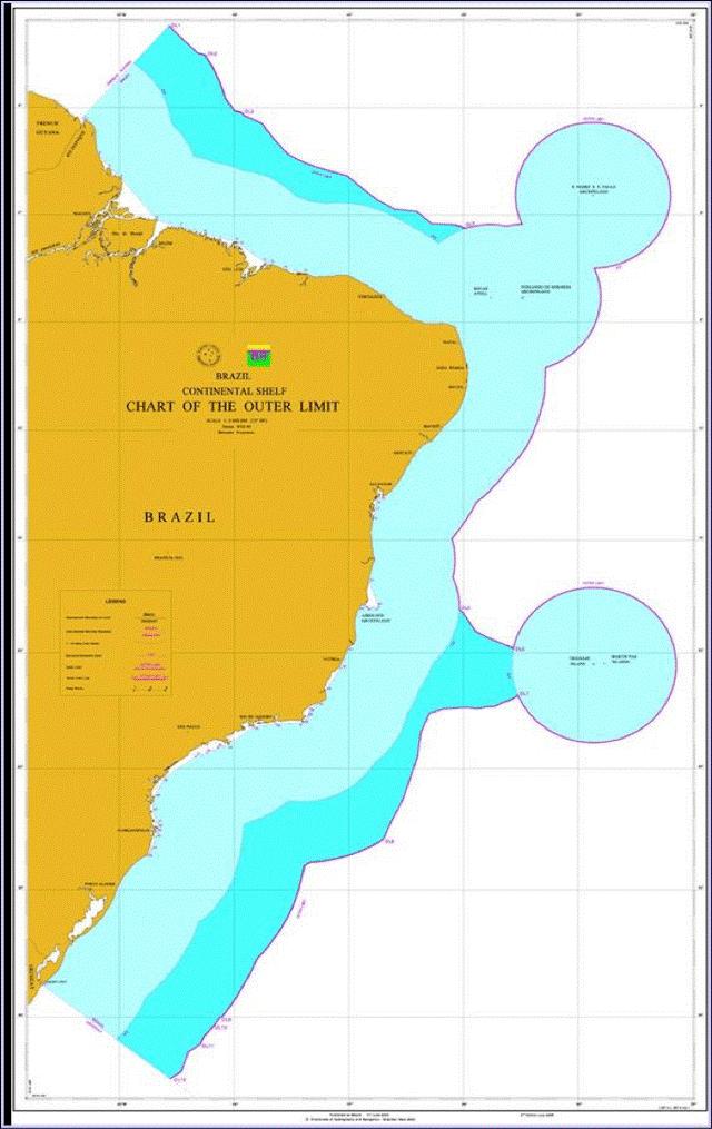 Figura 1 – A área oceânica de 953.525 km2, referente à PCE além das 200 M (azul mais intenso), foi reivindicada pelo Governo Brasileiro no Addendum de 2006 (BRASIL, 2006) à Comissão de Limites da Plataforma Continental da ONU, nos termos do Artigo 76 e do Anexo II da Convenção das Nações Unidas sobre o Direito do Mar (CNUDM). A área oceânica colorida em tons de azul representa a chamada Amazônia Azul (VIDIGAL et al, 2006; MARINHO et al, 2010). Mapa produzido pelo LEPLAC para o Addendum de 2006 (BRASIL, 2006).