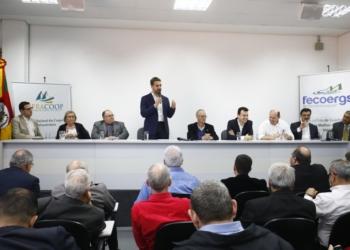 Projeto lançado pelo governador prevê, entre outras melhorias, transformação da rede para trifásica - Foto: Itamar Aguiar / Palácio Piratini