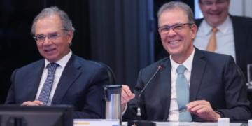 Paulo Guedes e Bento Albuquerque em reunião do CNPE de 29 de agosto de 2019