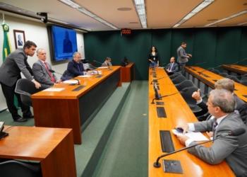 Audiência Pública - Tema: Contratações de operações de crédito para os Estados e Municípios do Nordeste. Dep. Iran Gonçalves (PSB - GO). Foto: Pablo Valadares/Câmara dos Deputados