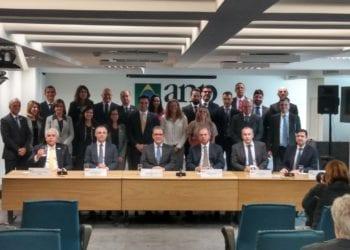 Assinatura do termo aditivo do contrato da cessão onerosa. Foto: Guilherme Serodio