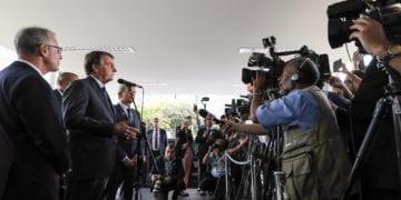 (Brasília - DF, 15/01/2020) Conversa com imprensa após Audiência.rFoto: Marcos Corrêa/PR