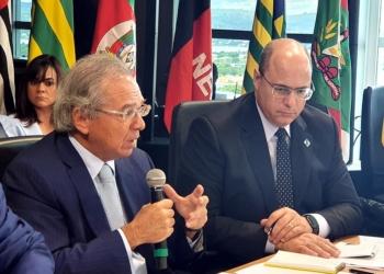 O governador Wilson Witzel e o ministro da Economia, Paulo Gudes, durante reunião do Fórum de Governadores. Foto: Divullgação/Governo do Rio