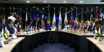 Fórum de Governadores discute, entre outros assuntos, a reforma tributária e o ICMS sobre combustíveis.