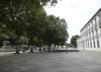 Ruas ficam vazias em horário de pico no centro do Rio de Janeiro. Foto por Tomaz Silva, da Agência Brasil