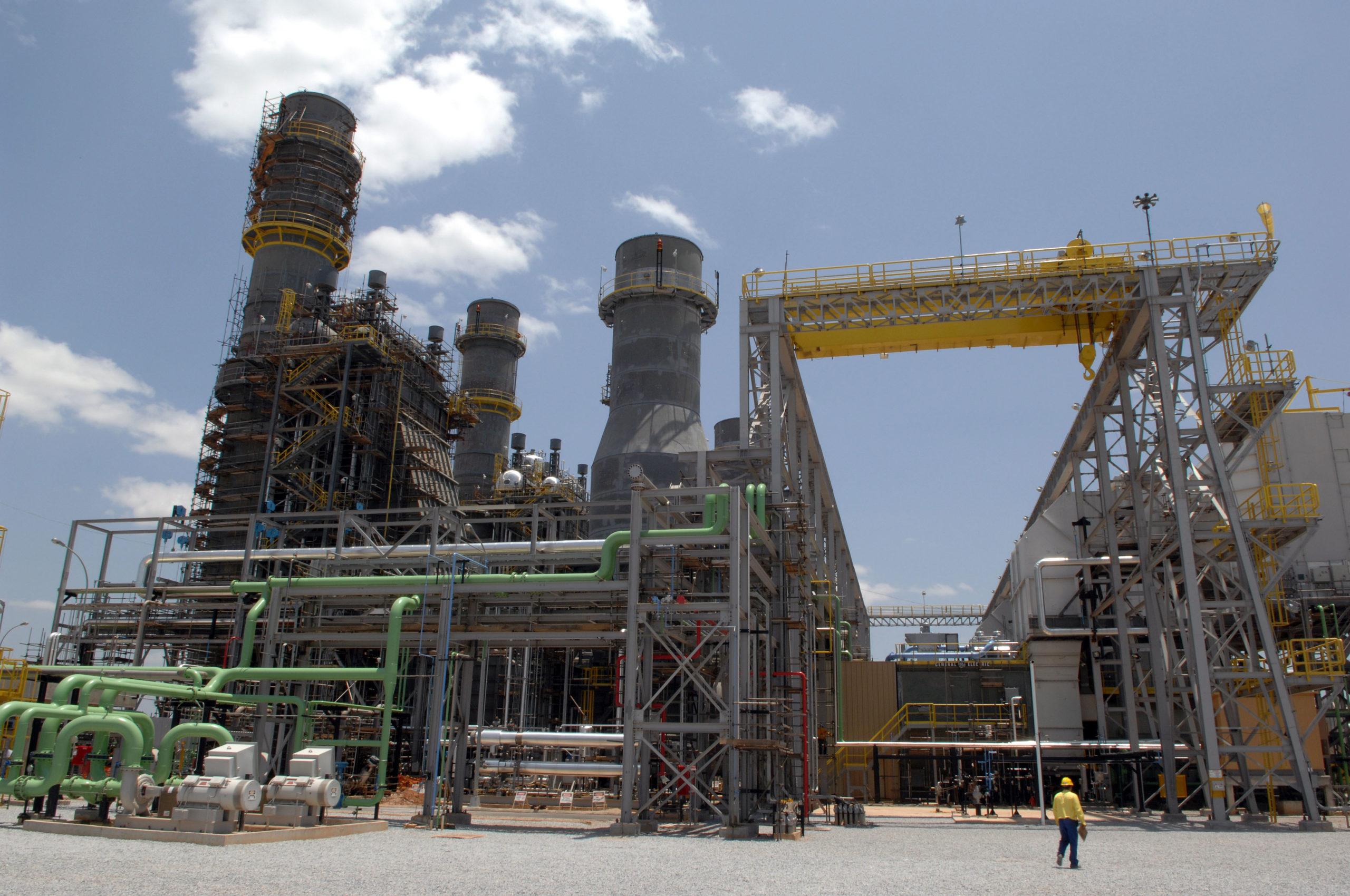 Reativação das bandeiras reforça a importância das termoelétricas da  Petrobras, por Ana Carolina Chaves | Colunas e opinião